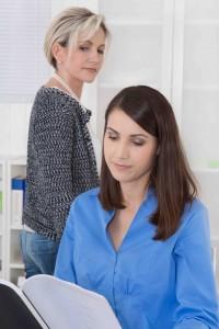 Mobbing am Arbeitsplatz: Mißgunst unter Frauen